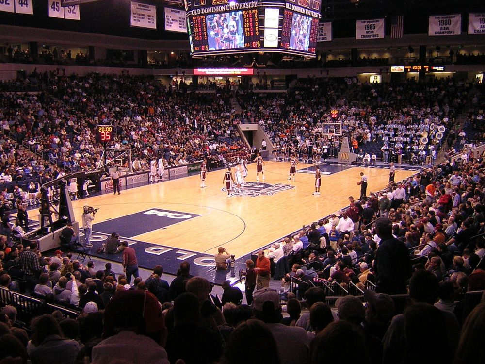 Blog picture basketball game